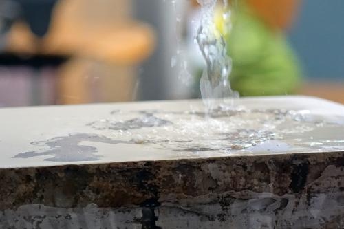 W_in_der_Wiesche_Deborah_printing_water
